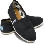 TOMS – Authentic Womens Canvas Classics For Just $29.99 w/Free Shipping + Extra 10% Off