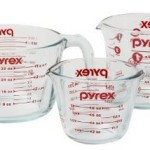 Pyrex 3-Piece Measuring Cup Set Just $10.99!