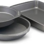Farberware Nonstick Bakeware 3-Piece Cake Pan Value Set Just $8.99